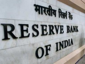 India's #Economic #Growth seen picking up, #RBI may hold rates steady