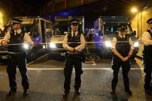 लंदन में मस्जिद से नमाज पढ़कर बाहर आ रहे लोगों को गाड़ी ने मारी टक्कर, एक की मौत, आठ घायल